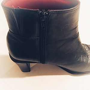 Naturalizer Shoes - Naturalizer Black Leather Zip Heel Ankle Boots S 7